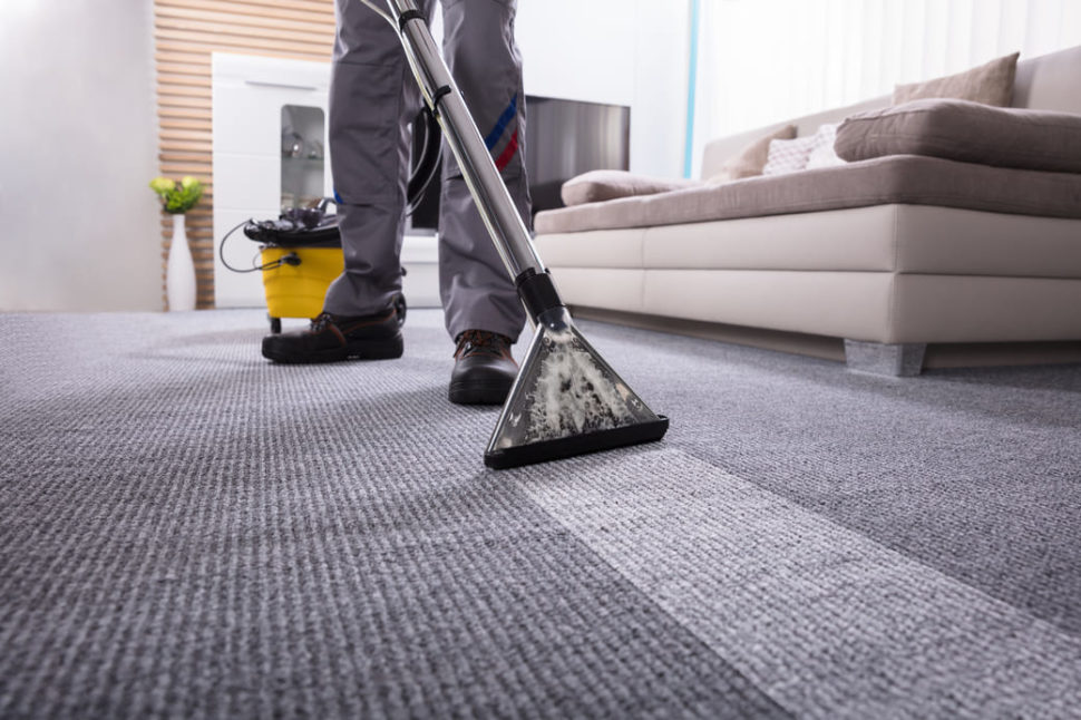 get humidity out of carpet